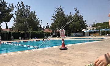 Marina Yüzme Havuzu